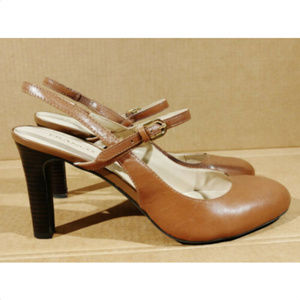 Franco Sarto percy 8 M brown slingback  heel shoes
